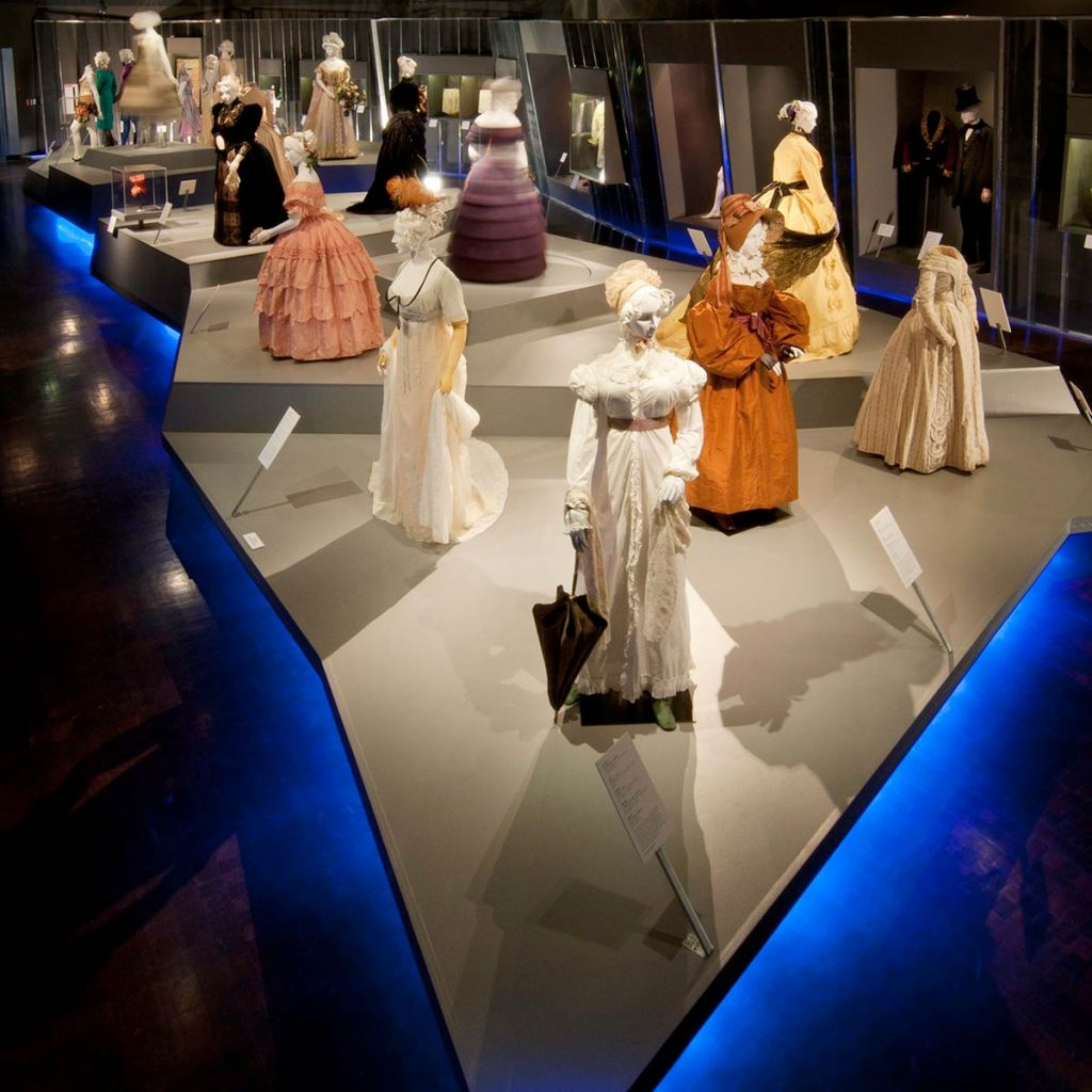 All About The Fidm Museum A Los Angeles Fashion Museum